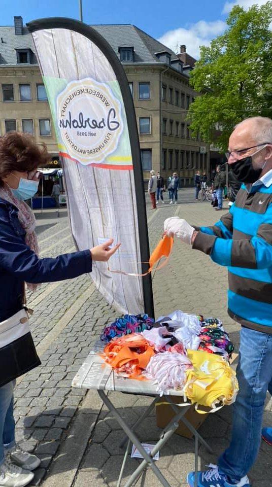 Verteilung von kostenlosen Community Masken